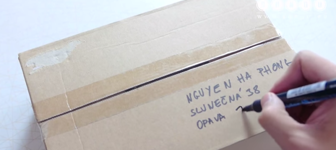 VIDEO___Gửi bưu phẩm tại Séc như thế nào? (Jak poslat balík)